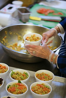 Study Finds Meal Recipients Have Better Health, Can Afford Care