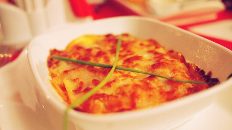 picture of a cooked lasagna